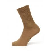 Носки из верблюжьей шерсти с ослабленной резинкой. Цвет: бежевый